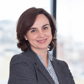 Lola Ferrer director